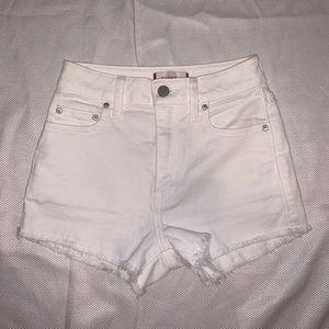 LAST PRICE❣️NWOT Aritzia Sunday's best shorts